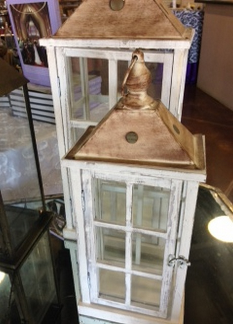 Where to find LANTERN LG WHITE WOOD GLASS in Tupelo