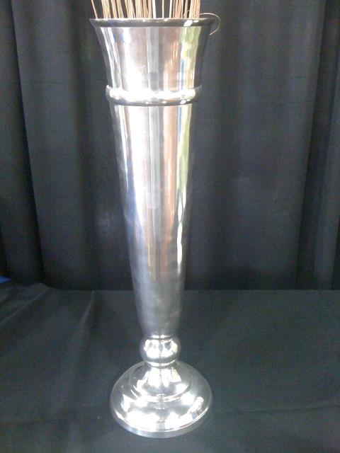 Where to find VASE, SILVER 25  TALL in Tupelo