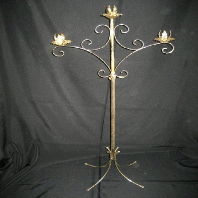 Where to find CANDELABRA 3-LT GOLD in Tupelo