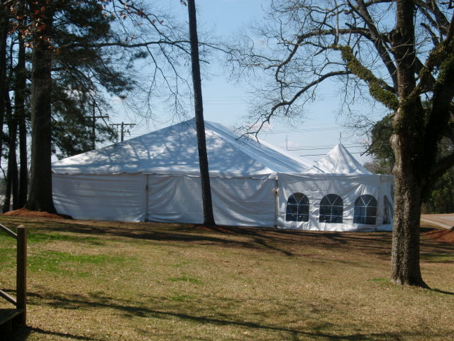Where to find TENT 40 X 070 WHITE in Tupelo