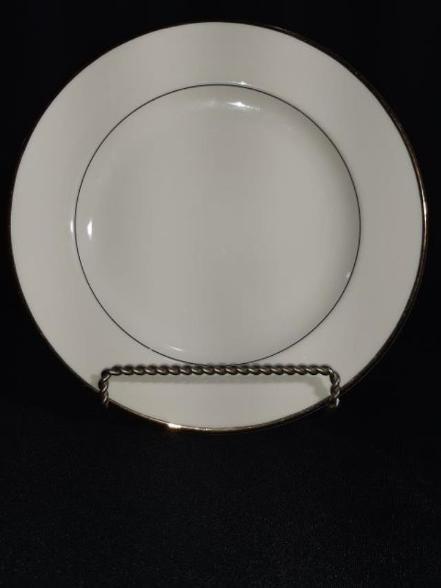 Where to find RACK, 10  CHINA PLATE in Tupelo